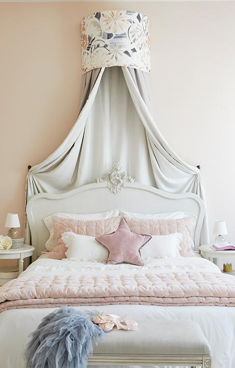Pink Ballet Bedroom, Home Design for Kids - Valerie Legras Atelier